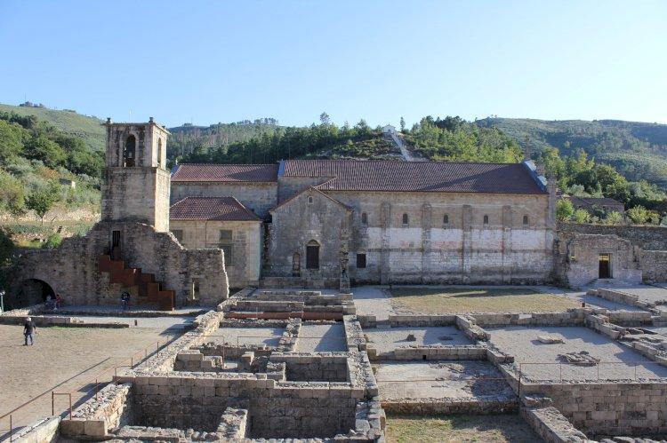 Pelos Trilhos de Portugal- No Caminho dos Monges, Tarouca