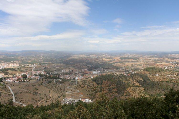 Pelos Trilhos de Portugal-Nas Fraldas da Serra da Nogueira, Bragança