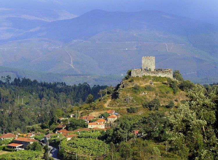 Pelos Trilhos de Portugal-À Volta do Castelo e Villa de Basto, Celorico de Basto