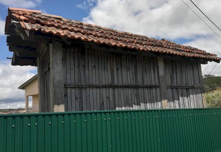 Pelos Trilhos de Portugal-Caminhos de Sobrosa, Paredes