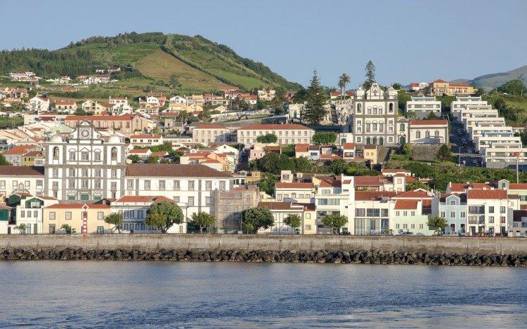 Pelos Trilhos de Portugal-Ribeirinha, Horta