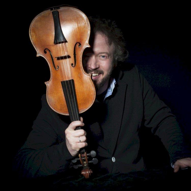 Vai andar um violino `à solta' por Idanha-a-Nova