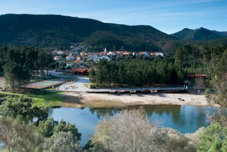 Aldeias do Xisto,  rio Zêzere e praias fluviais  é  uma das melhores combinações de Verão