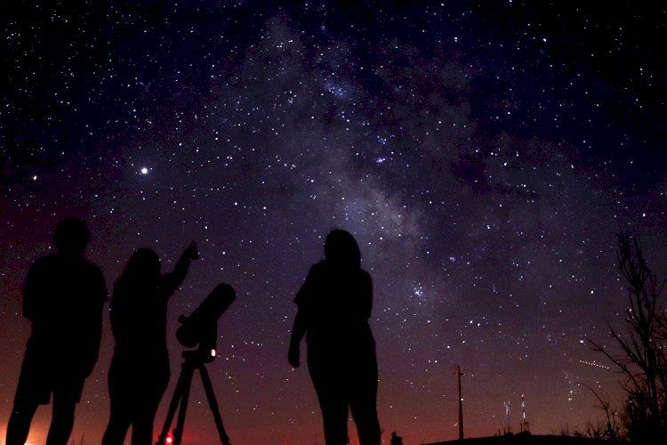 """""""Ciber-Cosmos - O céu à distância de um clique"""" - Pampilhosa da Serra"""