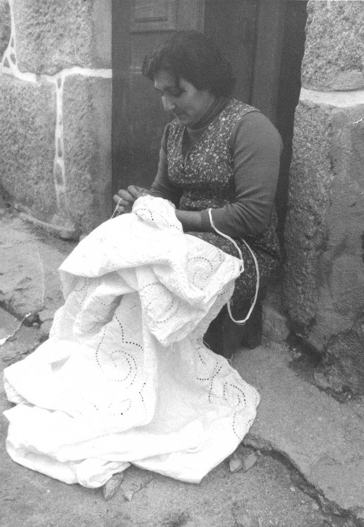 Bordado de Tibaldinho, a herança de uma pequena loclidade que é Património Cultural e Imaterial de Portugal