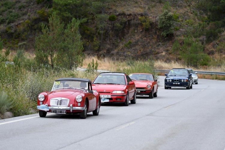 Dezenas de carros clássicos vão descobrir as Termas Centro durante três dias