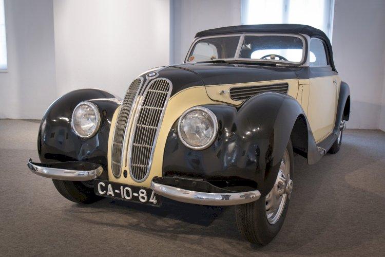 BMW 327 Cabriolet de 1938 reforça colecção do Museu do Caramulo