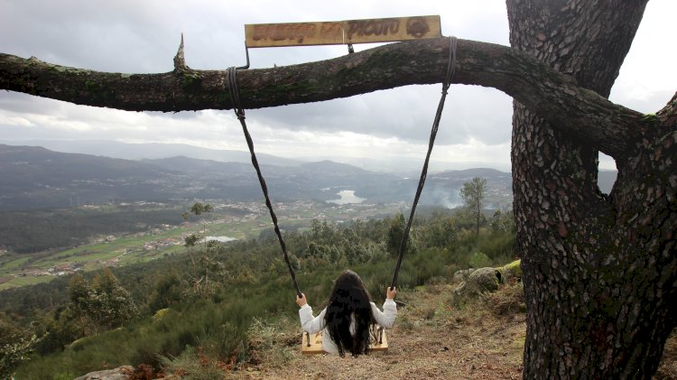 Abragão ganha mais um baloiço para desfrutar da natureza e com uma vista única sobre o território