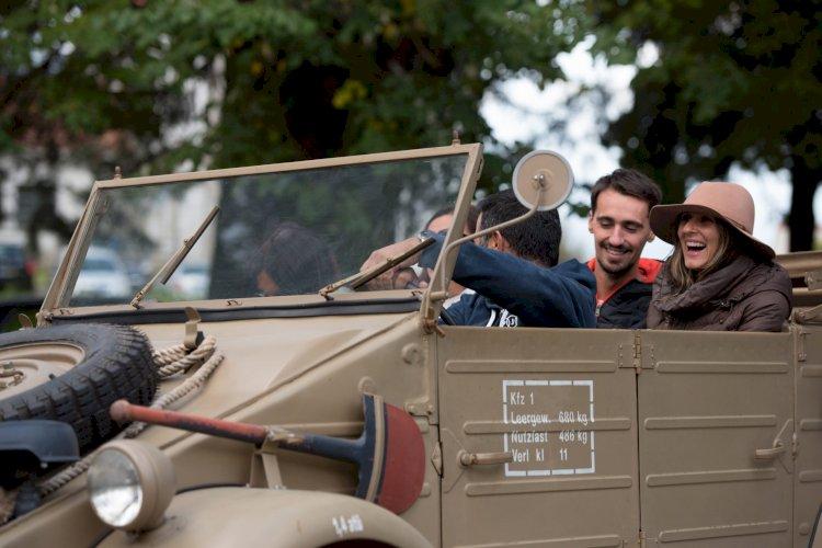 Automóveis do Museu do Caramulo saem à rua para passear os visitantes
