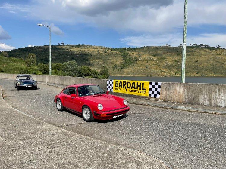 Classic Cars Tour 2021 sai para a estrada de mãos dadas com o turismo